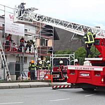 Bauarbeiter stürzt in Kendlerstraße ab