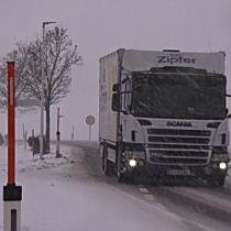 Starker Schneefall und Schneesturm im Flachgau