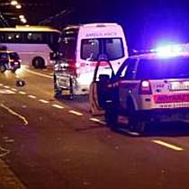 Schwerer Verkehrsunfall zwischen Moped und Pkw auf der Ignaz-Harrer-Straße