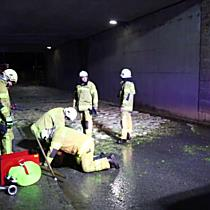23.04.2018 21:00 Autobahnunterführung Oberalm unter Wasser und Eis (HA)