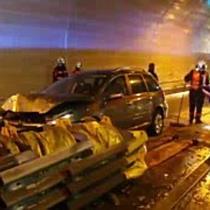 Schwerer Crash auf A1 im Lieferinger Tunnel
