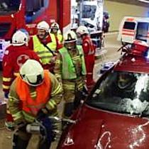 Großübung der Einsatzkräfte im Lieferinger Tunnel auf der A1