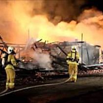 Großbrand in Eugendorf fordert die Feuerwehr