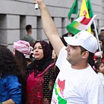 Salzburgs Kurden demonstrieren für ein freies Kurdistan