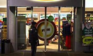 Erneuter bewaffneter Überfall auf OMV Tankstelle in Salzburg