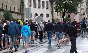 Fanmarsch der HNK Rijeka Anhänger in Salzburg