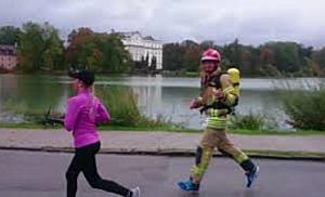 Austrian Firefighter Run: Aufwärmen beim Jedermannlauf in Salzburg