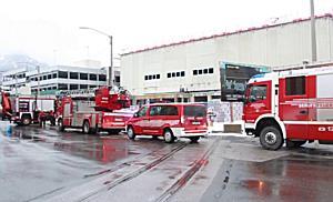 Zwei Arbeiter bei Deckeneinsturz auf Baustelle verletzt