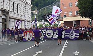 Fanmarsch von Austria Salzburg vor Derby gegen SAK 1914