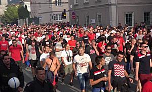 Fanmarsch: Red Bull Salzburg - Roter Stern Belgrad