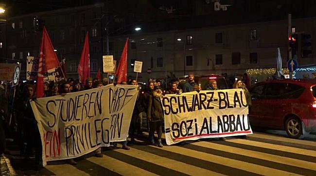 300 bei Demo gegen Schwarz-Blau in Salzburg