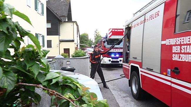20170612_18:45FMT_Brand eines Gartenhauses in Josefiau(S)
