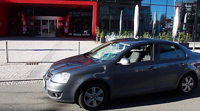 Schwerer Verkehrsunfall in Lehen fordert zwei Verletzte