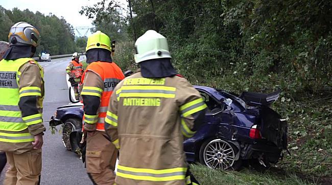 Verkehrsunfall auf der B156 in Nußdorf