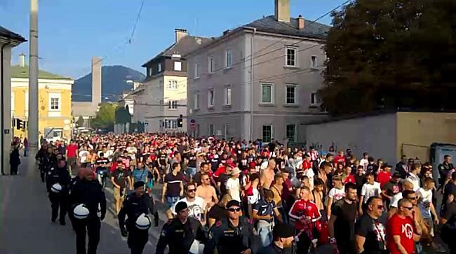 Red Bull Salzburg - Roter Stern Belgrad: Fanmarsch