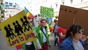 Demo zum internationalen Tag gegen Homophobie